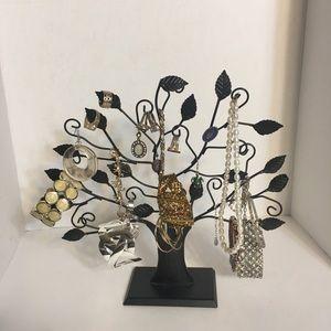 Tree Jewelry Hanger!